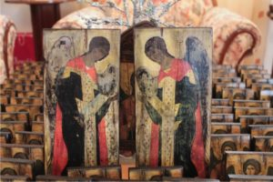 αρχάγγελος μιχαήλ και γαβριήλ - παλαίωση εικόνας αγίου σε ξύλο - aged religious icons on wood - handicraftcyprus.com - όλα τα είδη χειροτεχνημάτων του εργαστηρίου μας. χειροποίητα δώρα, τάβλια με σκάλισμα και πυρογραφία, σκάκια σκαλιστά, ξύλινα ρολόγια με σκάλισμα, παιδικά κρεμμασταράκια με παιδικούς ήρωες, ξύλινες φιγούρες και σχήματα, σχέδιο με πυρογράφο σε νεροκολοκύθες, μπομπονιέρες βάφτισης, μπομπονιέρες γάμου γάμων, επιχειρηματικά δώρα, ξεχωριστά δώρα επιχειρήσεων, παλαίωση φωτογραφίας, μπαούλα σκαλιστά, κρεμμασταράκια τοίχου για κλειδιά, κρεμμαστάρια ρούχων σκαλιστά, σκαλιστές κορνίζες, χειροποίητοι καθρέφτες με σκάλισμα, εικόνες αγίων με σκάλισμα, παλαιωμένες εικόνες αγίων, διακοσμητικά είδη χειροποίητα, αξεσουάρ γραφείου, σχέδια σε ξύλο, ξυλογλυπτική, παλαίωση εικόνων, αγιογραφίες, πυρογραφία, χαλκογραφία, κορνίζες, καθρέφτες, χειροποίητα, βάφτιση, γάμος, επέτειος, Πάφος, Λευκωσία, Λεμεσός, Λάρνακα.