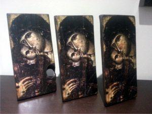 παναγία γλυκοφιλούσα - παλαίωση εικόνας αγίου σε ξύλο - aged religious icons on wood - handicraftcyprus.com - όλα τα είδη χειροτεχνημάτων του εργαστηρίου μας. χειροποίητα δώρα, τάβλια με σκάλισμα και πυρογραφία, σκάκια σκαλιστά, ξύλινα ρολόγια με σκάλισμα, παιδικά κρεμμασταράκια με παιδικούς ήρωες, ξύλινες φιγούρες και σχήματα, σχέδιο με πυρογράφο σε νεροκολοκύθες, μπομπονιέρες βάφτισης, μπομπονιέρες γάμου γάμων, επιχειρηματικά δώρα, ξεχωριστά δώρα επιχειρήσεων, παλαίωση φωτογραφίας, μπαούλα σκαλιστά, κρεμμασταράκια τοίχου για κλειδιά, κρεμμαστάρια ρούχων σκαλιστά, σκαλιστές κορνίζες, χειροποίητοι καθρέφτες με σκάλισμα, εικόνες αγίων με σκάλισμα, παλαιωμένες εικόνες αγίων, διακοσμητικά είδη χειροποίητα, αξεσουάρ γραφείου, σχέδια σε ξύλο, ξυλογλυπτική, παλαίωση εικόνων, αγιογραφίες, πυρογραφία, χαλκογραφία, κορνίζες, καθρέφτες, χειροποίητα, βάφτιση, γάμος, επέτειος, Πάφος, Λευκωσία, Λεμεσός, Λάρνακα.