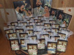 χειροποίητες μπομπονιέρες γάμου βάπτισης- handmade bonbonniere - handicraftcyprus.com - όλα τα είδη χειροτεχνημάτων του εργαστηρίου μας. χειροποίητα δώρα, τάβλια με σκάλισμα και πυρογραφία, σκάκια σκαλιστά, ξύλινα ρολόγια με σκάλισμα, παιδικά κρεμμασταράκια με παιδικούς ήρωες, ξύλινες φιγούρες και σχήματα, σχέδιο με πυρογράφο σε νεροκολοκύθες, μπομπονιέρες βάφτισης, μπομπονιέρες γάμου γάμων, επιχειρηματικά δώρα, ξεχωριστά δώρα επιχειρήσεων, παλαίωση φωτογραφίας, μπαούλα σκαλιστά, κρεμμασταράκια τοίχου για κλειδιά, κρεμμαστάρια ρούχων σκαλιστά, σκαλιστές κορνίζες, χειροποίητοι καθρέφτες με σκάλισμα, εικόνες αγίων με σκάλισμα, παλαιωμένες εικόνες αγίων, διακοσμητικά είδη χειροποίητα, αξεσουάρ γραφείου, σχέδια σε ξύλο, ξυλογλυπτική, παλαίωση εικόνων, αγιογραφίες, πυρογραφία, χαλκογραφία, κορνίζες, καθρέφτες, χειροποίητα, βάφτιση, γάμος, επέτειος, Πάφος, Λευκωσία, Λεμεσός, Λάρνακα.