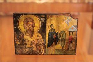 άγιος ονησίφορος αγία ειρήνη χρυσοβαλάντω - παλαίωση εικόνας αγίου - χειροποίητες μπομπονιέρες - handmade bonbonniere - handicraftcyprus.com - όλα τα είδη χειροτεχνημάτων του εργαστηρίου μας. χειροποίητα δώρα, τάβλια με σκάλισμα και πυρογραφία, σκάκια σκαλιστά, ξύλινα ρολόγια με σκάλισμα, παιδικά κρεμμασταράκια με παιδικούς ήρωες, ξύλινες φιγούρες και σχήματα, σχέδιο με πυρογράφο σε νεροκολοκύθες, μπομπονιέρες βάφτισης, μπομπονιέρες γάμου γάμων, επιχειρηματικά δώρα, ξεχωριστά δώρα επιχειρήσεων, παλαίωση φωτογραφίας, μπαούλα σκαλιστά, κρεμμασταράκια τοίχου για κλειδιά, κρεμμαστάρια ρούχων σκαλιστά, σκαλιστές κορνίζες, χειροποίητοι καθρέφτες με σκάλισμα, εικόνες αγίων με σκάλισμα, παλαιωμένες εικόνες αγίων, διακοσμητικά είδη χειροποίητα, αξεσουάρ γραφείου, σχέδια σε ξύλο, ξυλογλυπτική, παλαίωση εικόνων, αγιογραφίες, πυρογραφία, χαλκογραφία, κορνίζες, καθρέφτες, χειροποίητα, βάφτιση, γάμος, επέτειος, Πάφος, Λευκωσία, Λεμεσός, Λάρνακα.