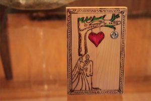 δέντρο αγάπης σχέδιο με πυρογραφία - ξύλινες φιγούρες και σχέδια - handicraftcyprus.com - όλα τα είδη χειροτεχνημάτων του εργαστηρίου μας. χειροποίητα δώρα, τάβλια με σκάλισμα και πυρογραφία, σκάκια σκαλιστά, ξύλινα ρολόγια με σκάλισμα, παιδικά κρεμμασταράκια με παιδικούς ήρωες, ξύλινες φιγούρες και σχήματα, σχέδιο με πυρογράφο σε νεροκολοκύθες, μπομπονιέρες βάφτισης, μπομπονιέρες γάμου γάμων, επιχειρηματικά δώρα, ξεχωριστά δώρα επιχειρήσεων, παλαίωση φωτογραφίας, μπαούλα σκαλιστά, κρεμμασταράκια τοίχου για κλειδιά, κρεμμαστάρια ρούχων σκαλιστά, σκαλιστές κορνίζες, χειροποίητοι καθρέφτες με σκάλισμα, εικόνες αγίων με σκάλισμα, παλαιωμένες εικόνες αγίων, διακοσμητικά είδη χειροποίητα, αξεσουάρ γραφείου, σχέδια σε ξύλο, ξυλογλυπτική, παλαίωση εικόνων, αγιογραφίες, πυρογραφία, χαλκογραφία, κορνίζες, καθρέφτες, χειροποίητα, βάφτιση, γάμος, επέτειος, Πάφος, Λευκωσία, Λεμεσός, Λάρνακα.