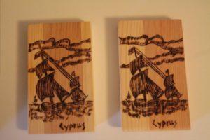 βαρκούλα καράβι σχέδιο με πυρογραφία - ξύλινες φιγούρες και σχέδια - handicraftcyprus.com - όλα τα είδη χειροτεχνημάτων του εργαστηρίου μας. χειροποίητα δώρα, τάβλια με σκάλισμα και πυρογραφία, σκάκια σκαλιστά, ξύλινα ρολόγια με σκάλισμα, παιδικά κρεμμασταράκια με παιδικούς ήρωες, ξύλινες φιγούρες και σχήματα, σχέδιο με πυρογράφο σε νεροκολοκύθες, μπομπονιέρες βάφτισης, μπομπονιέρες γάμου γάμων, επιχειρηματικά δώρα, ξεχωριστά δώρα επιχειρήσεων, παλαίωση φωτογραφίας, μπαούλα σκαλιστά, κρεμμασταράκια τοίχου για κλειδιά, κρεμμαστάρια ρούχων σκαλιστά, σκαλιστές κορνίζες, χειροποίητοι καθρέφτες με σκάλισμα, εικόνες αγίων με σκάλισμα, παλαιωμένες εικόνες αγίων, διακοσμητικά είδη χειροποίητα, αξεσουάρ γραφείου, σχέδια σε ξύλο, ξυλογλυπτική, παλαίωση εικόνων, αγιογραφίες, πυρογραφία, χαλκογραφία, κορνίζες, καθρέφτες, χειροποίητα, βάφτιση, γάμος, επέτειος, Πάφος, Λευκωσία, Λεμεσός, Λάρνακα.