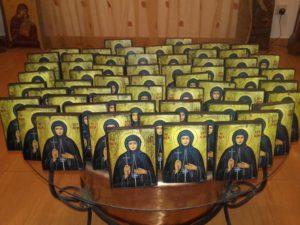 οσία βρυαίνη - παλαίωση εικόνας αγίου - χειροποίητες μπομπονιέρες - handmade bonbonniere - handicraftcyprus.com - όλα τα είδη χειροτεχνημάτων του εργαστηρίου μας. χειροποίητα δώρα, τάβλια με σκάλισμα και πυρογραφία, σκάκια σκαλιστά, ξύλινα ρολόγια με σκάλισμα, παιδικά κρεμμασταράκια με παιδικούς ήρωες, ξύλινες φιγούρες και σχήματα, σχέδιο με πυρογράφο σε νεροκολοκύθες, μπομπονιέρες βάφτισης, μπομπονιέρες γάμου γάμων, επιχειρηματικά δώρα, ξεχωριστά δώρα επιχειρήσεων, παλαίωση φωτογραφίας, μπαούλα σκαλιστά, κρεμμασταράκια τοίχου για κλειδιά, κρεμμαστάρια ρούχων σκαλιστά, σκαλιστές κορνίζες, χειροποίητοι καθρέφτες με σκάλισμα, εικόνες αγίων με σκάλισμα, παλαιωμένες εικόνες αγίων, διακοσμητικά είδη χειροποίητα, αξεσουάρ γραφείου, σχέδια σε ξύλο, ξυλογλυπτική, παλαίωση εικόνων, αγιογραφίες, πυρογραφία, χαλκογραφία, κορνίζες, καθρέφτες, χειροποίητα, βάφτιση, γάμος, επέτειος, Πάφος, Λευκωσία, Λεμεσός, Λάρνακα.