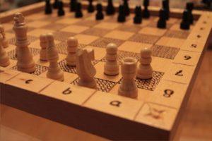 χειροποίητο σκάκι / σκακιέρα με πυρογραφία - handmade chess / chessboard with pyrography - handicraftcyprus.com - όλα τα είδη χειροτεχνημάτων του εργαστηρίου μας. χειροποίητα δώρα, τάβλια με σκάλισμα και πυρογραφία, σκάκια σκαλιστά, ξύλινα ρολόγια με σκάλισμα, παιδικά κρεμμασταράκια με παιδικούς ήρωες, ξύλινες φιγούρες και σχήματα, σχέδιο με πυρογράφο σε νεροκολοκύθες, μπομπονιέρες βάφτισης, μπομπονιέρες γάμου γάμων, επιχειρηματικά δώρα, ξεχωριστά δώρα επιχειρήσεων, παλαίωση φωτογραφίας, μπαούλα σκαλιστά, κρεμμασταράκια τοίχου για κλειδιά, κρεμμαστάρια ρούχων σκαλιστά, σκαλιστές κορνίζες, χειροποίητοι καθρέφτες με σκάλισμα, εικόνες αγίων με σκάλισμα, παλαιωμένες εικόνες αγίων, διακοσμητικά είδη χειροποίητα, αξεσουάρ γραφείου, σχέδια σε ξύλο, ξυλογλυπτική, παλαίωση εικόνων, αγιογραφίες, πυρογραφία, χαλκογραφία, κορνίζες, καθρέφτες, χειροποίητα, βάφτιση, γάμος, επέτειος, Πάφος, Λευκωσία, Λεμεσός, Λάρνακα.