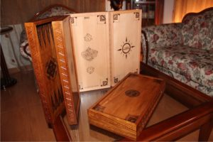 backgammon boards - handicraftcyprus.com - handmade gifts, wood carved chess, wooden clocks, kids room hangers, child drawings with heroes, pyrography figures and sketches, water pumpkins drawings, christening gifts, wedding gifts, business gifts, aged saint icons images, aged photographs, wood carved chests, key hangers for kitchen and living room, cloth hangers, handmade decorative presents, mirrors, frames, office accessories, drawings on wood, wood carving, chalcography, vaftisi, gamos, epeteios, pafos, kypros, mpomponieres vaftisis, handicrafts, pyrografy, old saint images on old wood, handmade gifts, valentine's day gifts