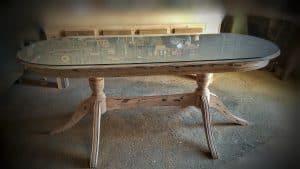 επιδιόρθωση και αναπαλαίωση παλιού τραπεζιού - old table restoration - handicraftcyprus.com - όλα τα είδη χειροτεχνημάτων του εργαστηρίου μας. χειροποίητα δώρα, τάβλια με σκάλισμα και πυρογραφία, σκάκια σκαλιστά, ξύλινα ρολόγια με σκάλισμα, παιδικά κρεμμασταράκια με παιδικούς ήρωες, ξύλινες φιγούρες και σχήματα, σχέδιο με πυρογράφο σε νεροκολοκύθες, μπομπονιέρες βάφτισης, μπομπονιέρες γάμου γάμων, επιχειρηματικά δώρα, ξεχωριστά δώρα επιχειρήσεων, παλαίωση φωτογραφίας, μπαούλα σκαλιστά, κρεμμασταράκια τοίχου για κλειδιά, κρεμμαστάρια ρούχων σκαλιστά, σκαλιστές κορνίζες, χειροποίητοι καθρέφτες με σκάλισμα, εικόνες αγίων με σκάλισμα, παλαιωμένες εικόνες αγίων, διακοσμητικά είδη χειροποίητα, αξεσουάρ γραφείου, σχέδια σε ξύλο, ξυλογλυπτική, παλαίωση εικόνων, αγιογραφίες, πυρογραφία, χαλκογραφία, κορνίζες, σανίδες κοπής φρούτων λαχανικών, handmade endgrain cutting board, καθρέφτες, χειροποίητα, βάφτιση, γάμος, επέτειος, Πάφος, Λευκωσία, Λεμεσός, Λάρνακα